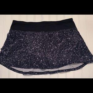 Lululemon Skort  Black/White Splatter Design SZ 8